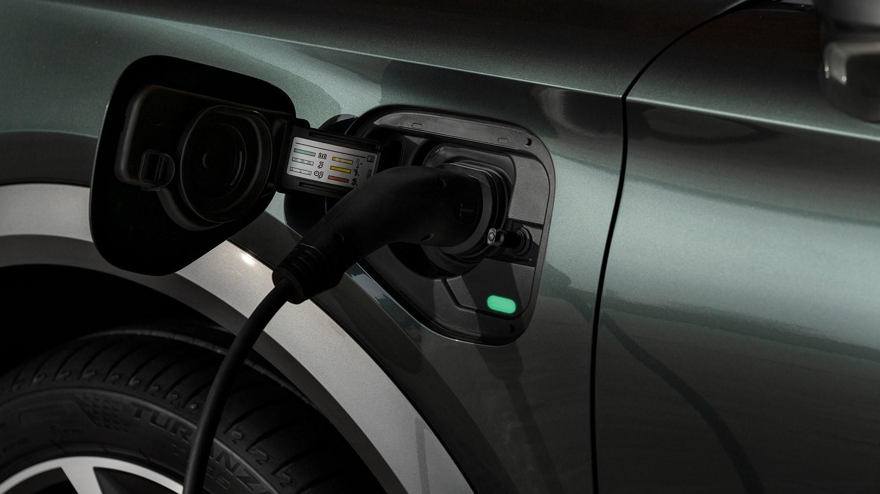 Cupra Formentor E-Hybrid PHEV plug-in hybrid review
