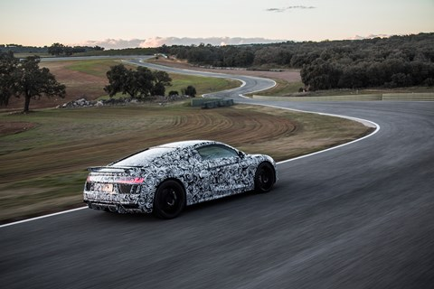 0-62mph in 3.2sec? In an Audi R8? You betcha in the new 2015 one