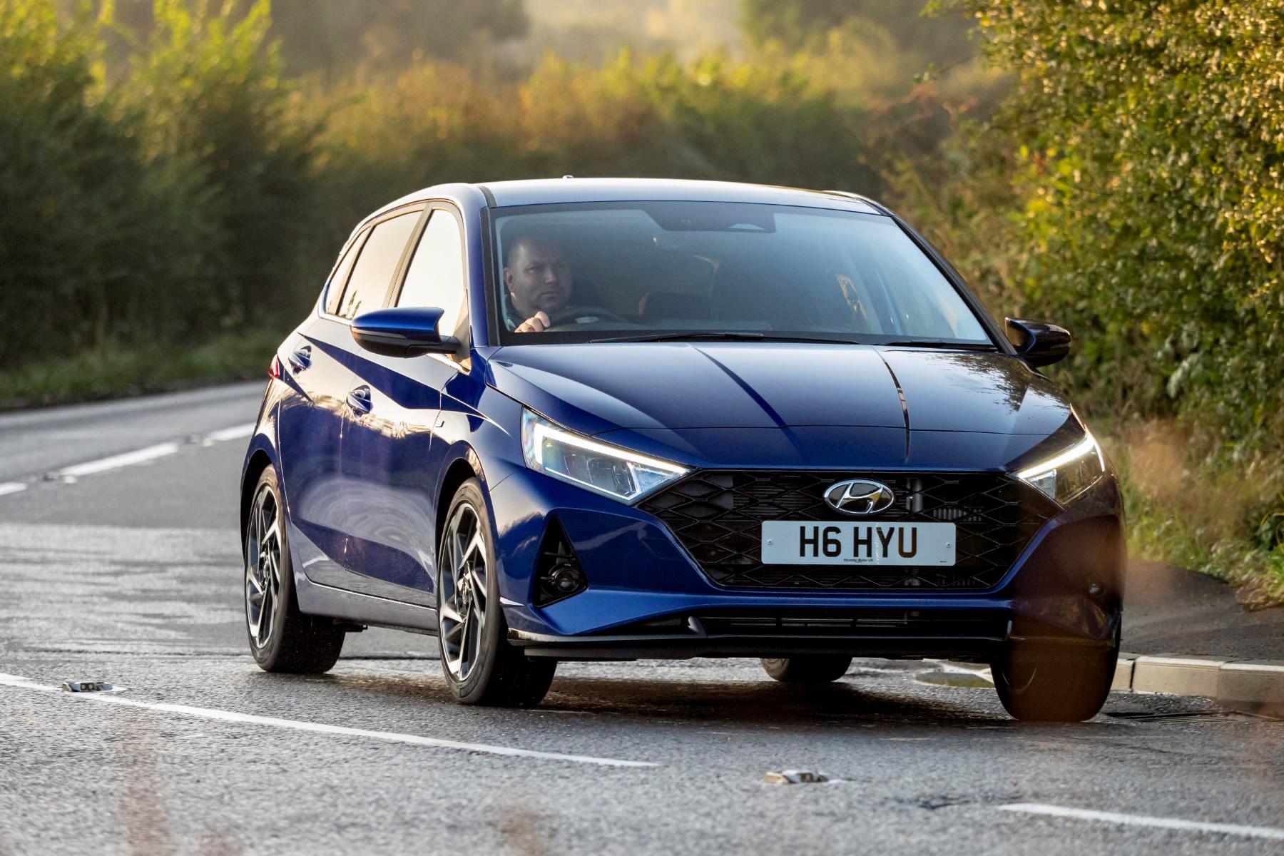 Kekurangan Toyota I20 Perbandingan Harga