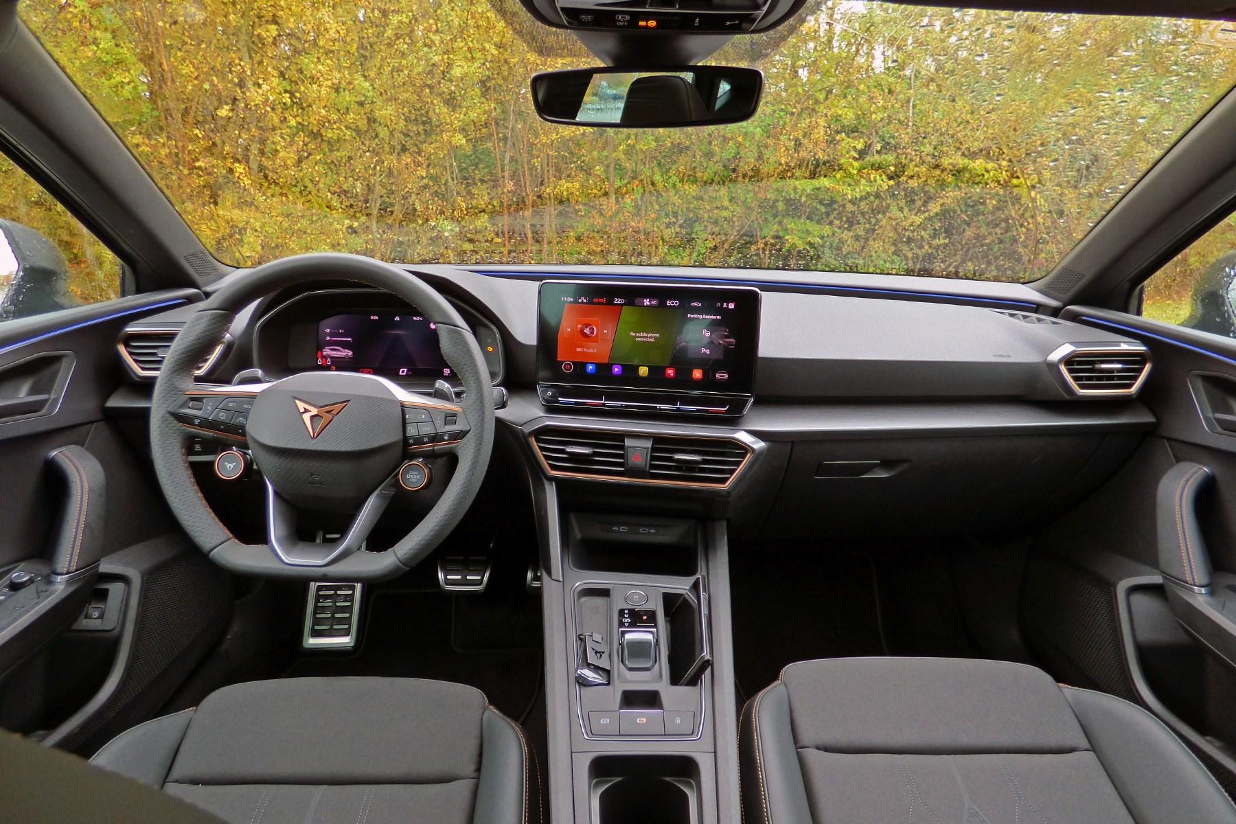 Cupra Leon e-hybrid (2020) interior