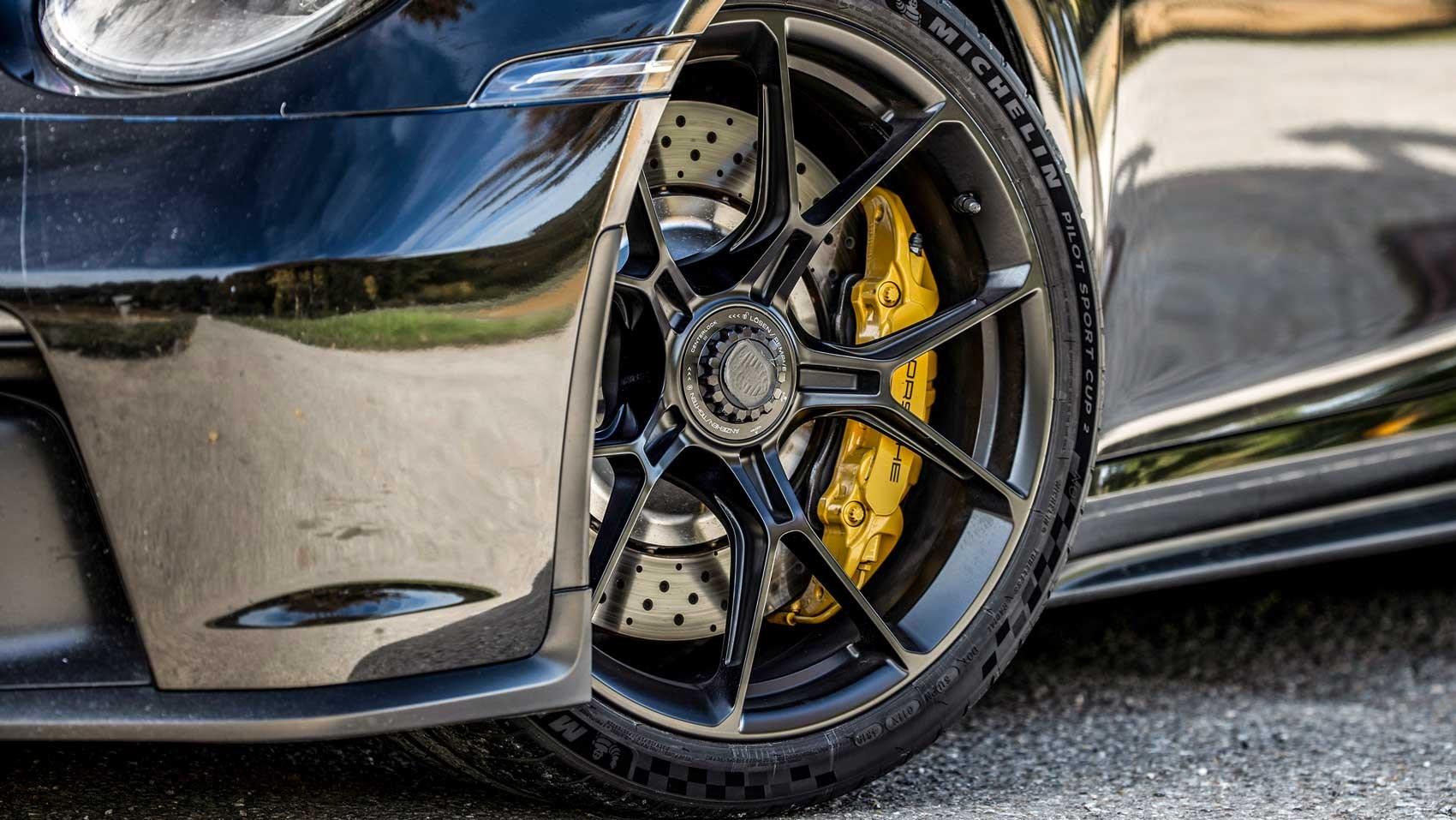 911 gt3 wheel