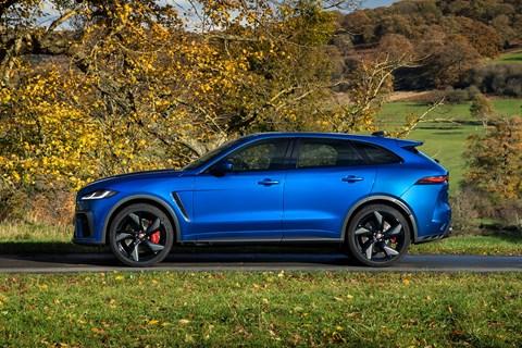 Jaguar F-Pace SVR 2021 side