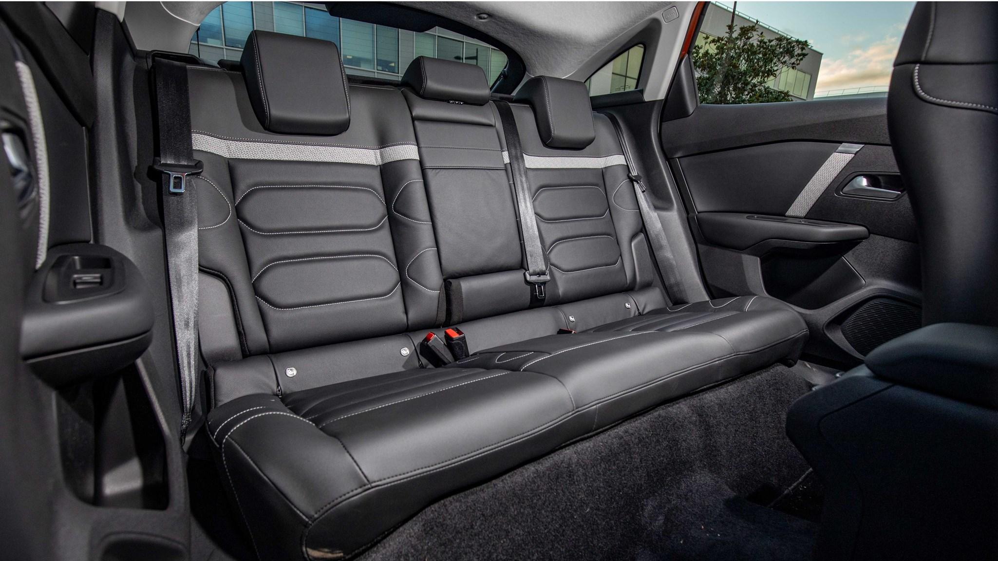 2021 Citroen C4 rear seats