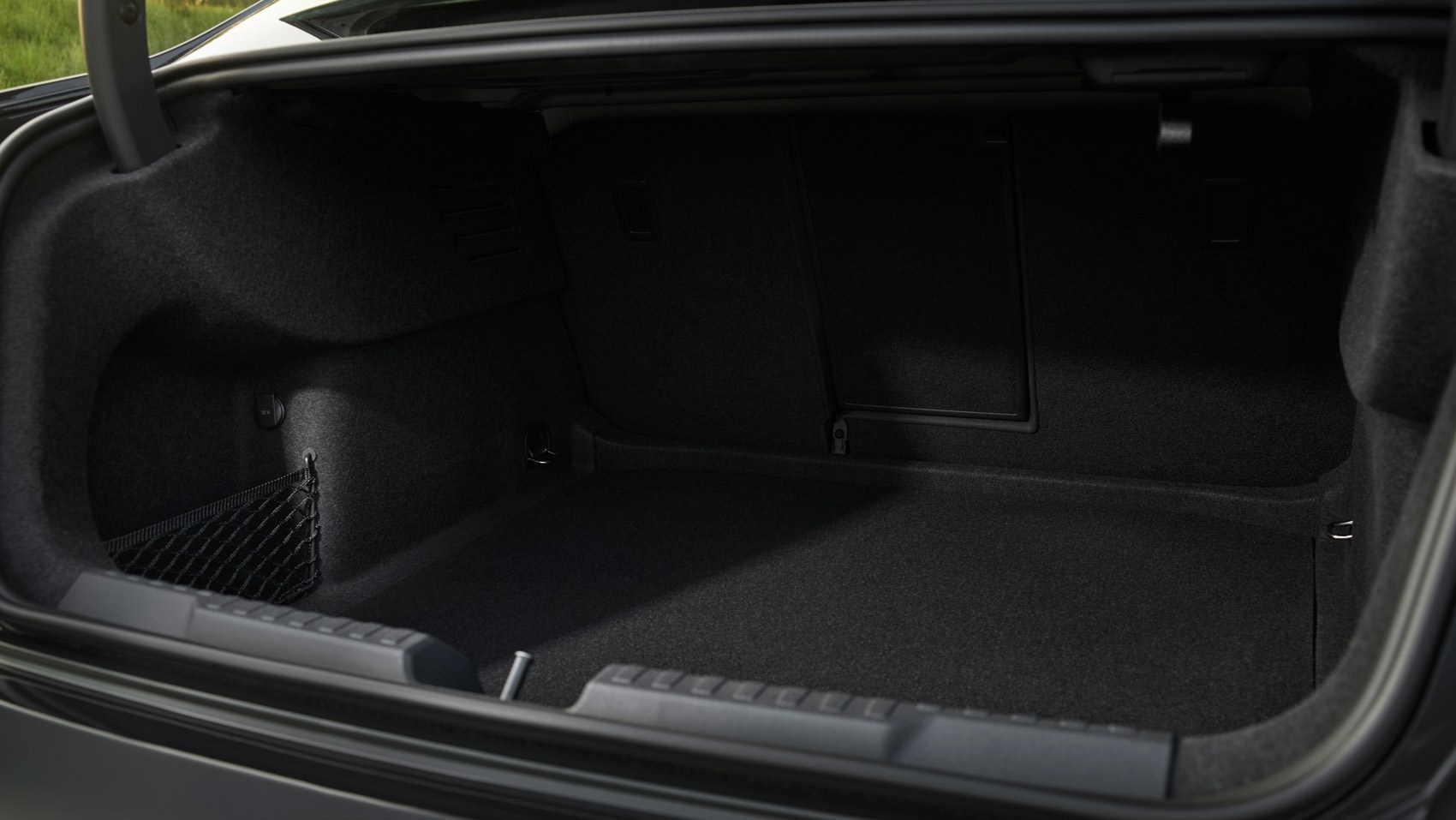 A3 saloon boot