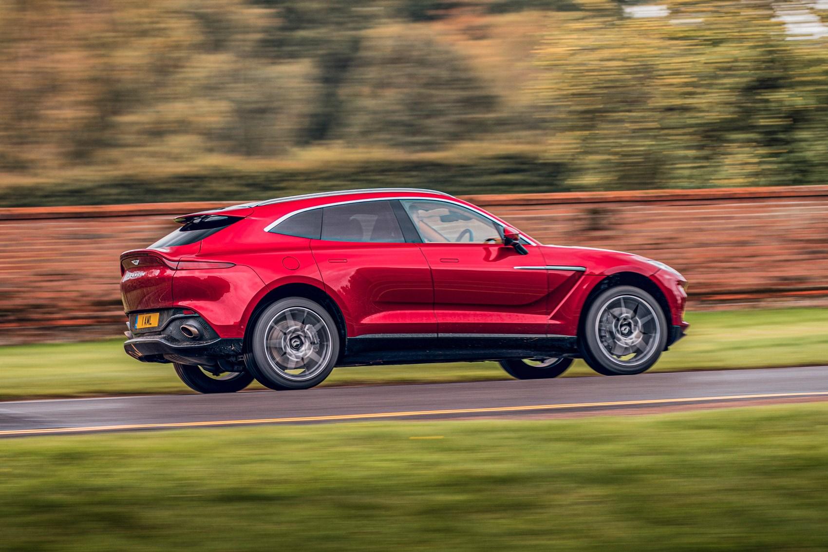Aston Martin Dbx Vs Lamborghini Urus Vs Bentley Bentayga Triple Test 2020 Review Car Magazine