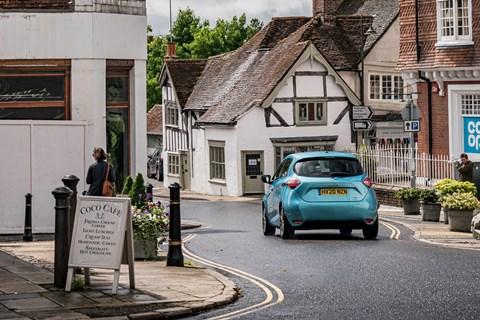 Renault Zoe LTT village
