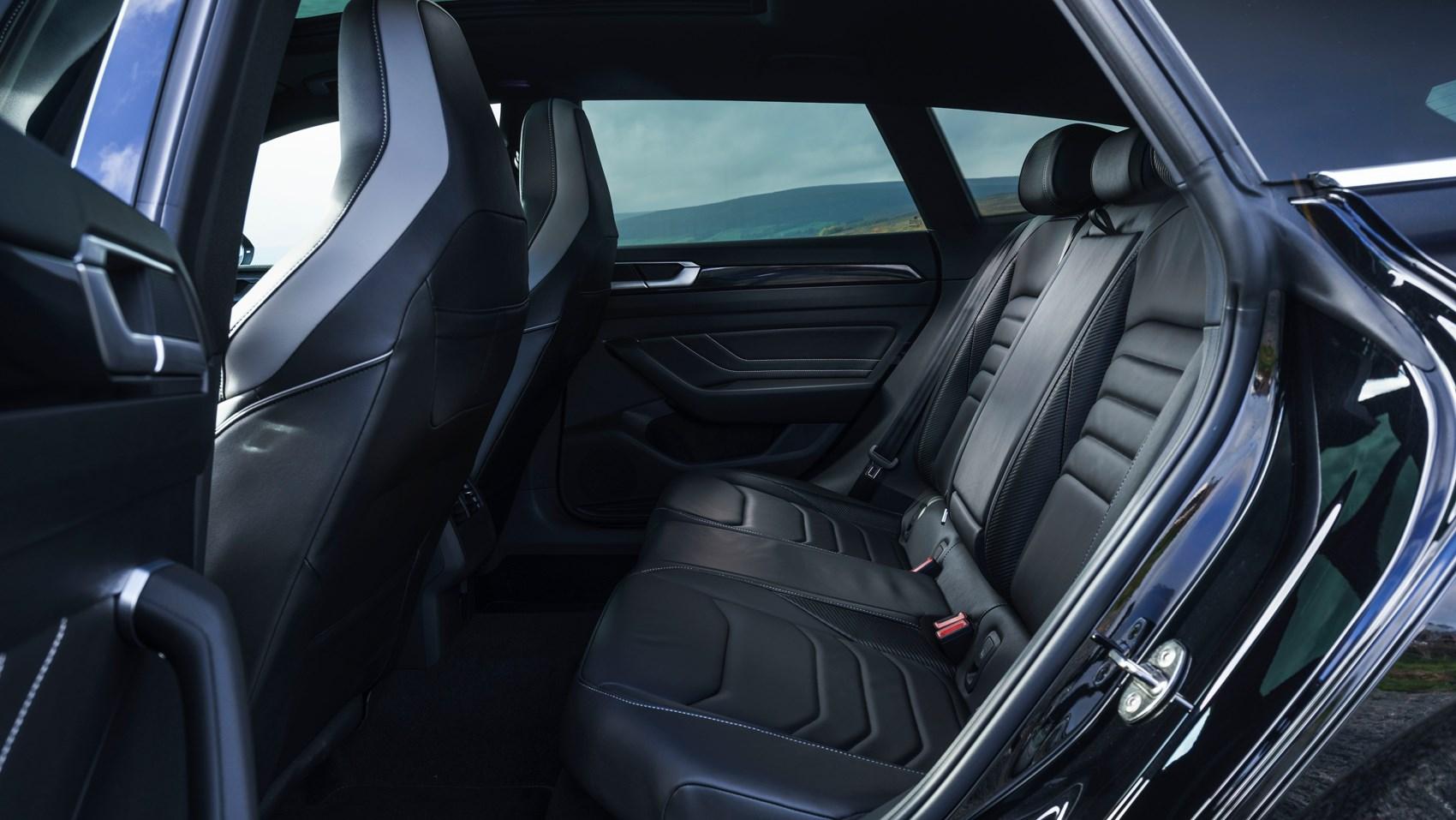 arteon shooting brake rear seats