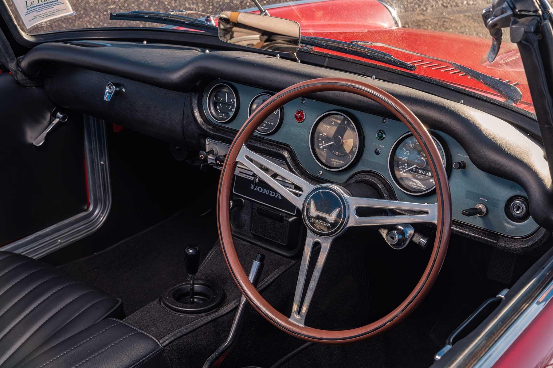 Honda S800 interior