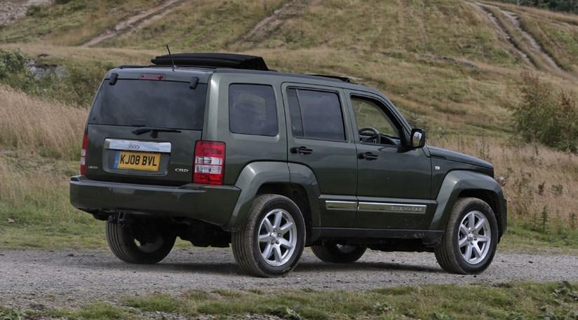 2010 Jeep Cherokee UK Version photo - 1