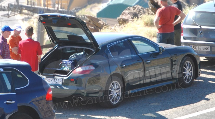 Porsche Panamera (2009): Interior Spy Photo