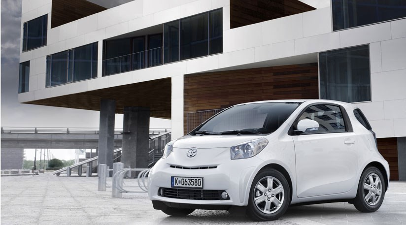 Toyota Iq 1 0 2009 Review By Car Magazine