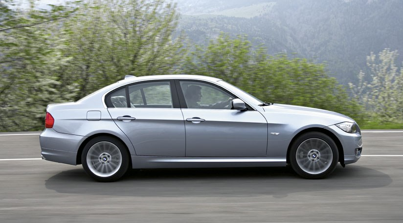 BMW 330d 2008 facelift review by CAR Magazine