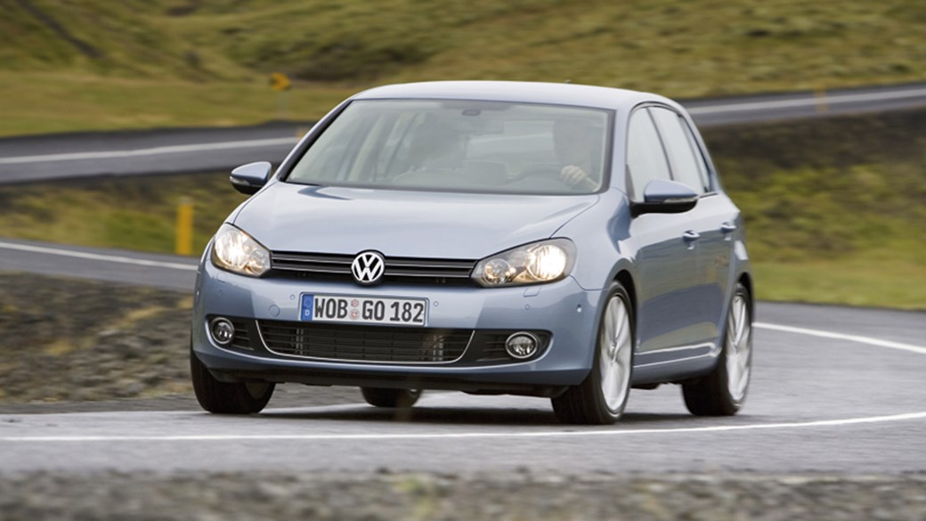vw golf 2 0 tdi 140 dsg 2009 review car magazine rh carmagazine co uk Build a Under Direct Over Gearbox DSG Gearbox How It Works
