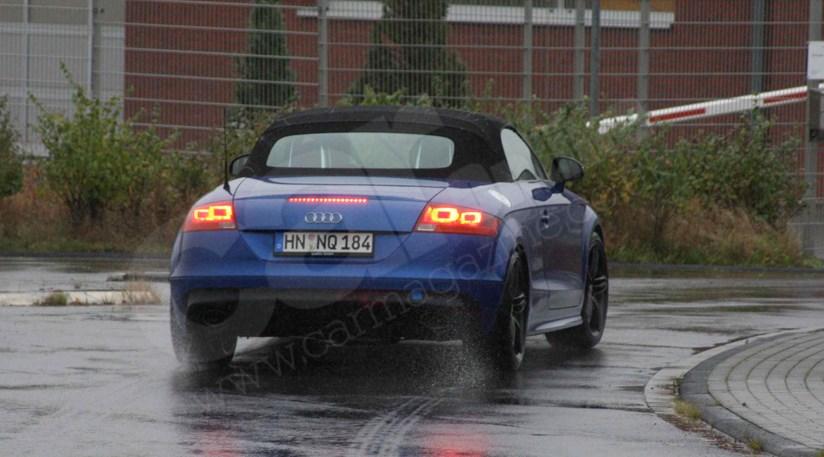 Audi TT rear view