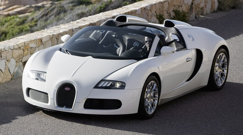 Bugatti Plots Opentop Veyron Grand Sport Sang Noir By CAR - Cool french cars