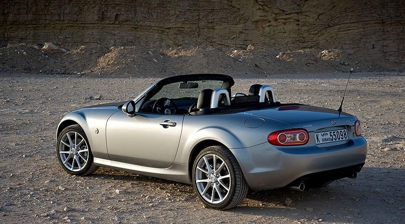 Mazda MX-5 2.0 (2009) review | CAR Magazine