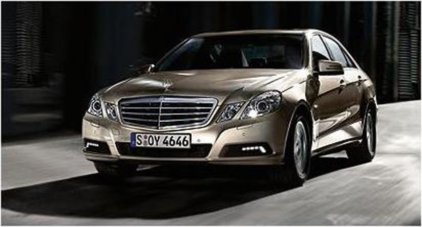 mercedes e class 2009 leaked photos car magazine. Black Bedroom Furniture Sets. Home Design Ideas