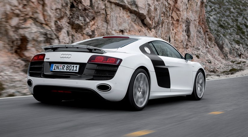 audi r8 5 2 v10 fsi 2009 review car magazine. Black Bedroom Furniture Sets. Home Design Ideas