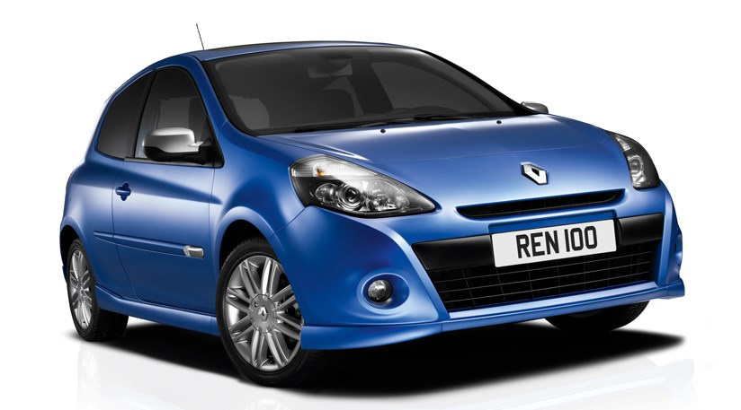 Renault Clio facelift 2009 first photos by CAR Magazine