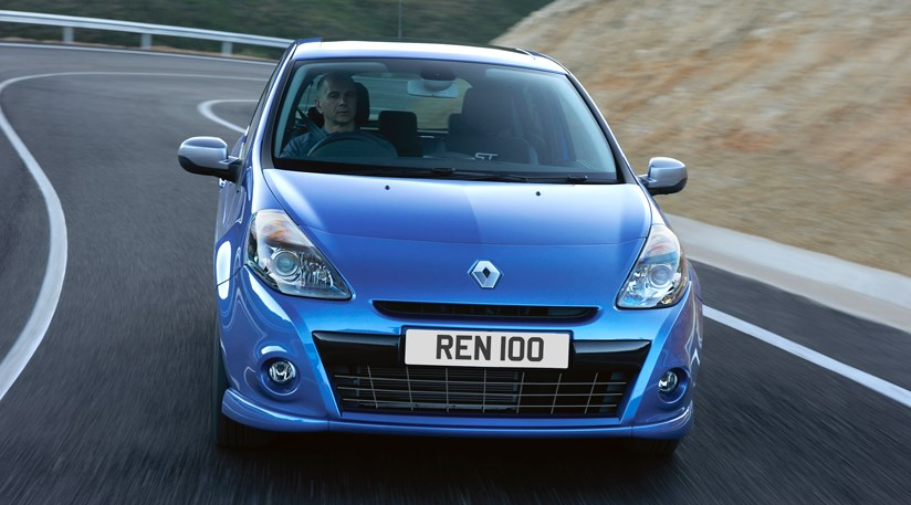 renault clio facelift 2009 first photos by car magazine. Black Bedroom Furniture Sets. Home Design Ideas