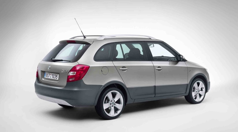 Skoda Fabia Scout (2009): first photos by CAR Magazine