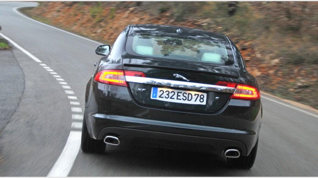 Jaguar XF Diesel S Review By CAR Magazine - 2011 jaguar xf premium review