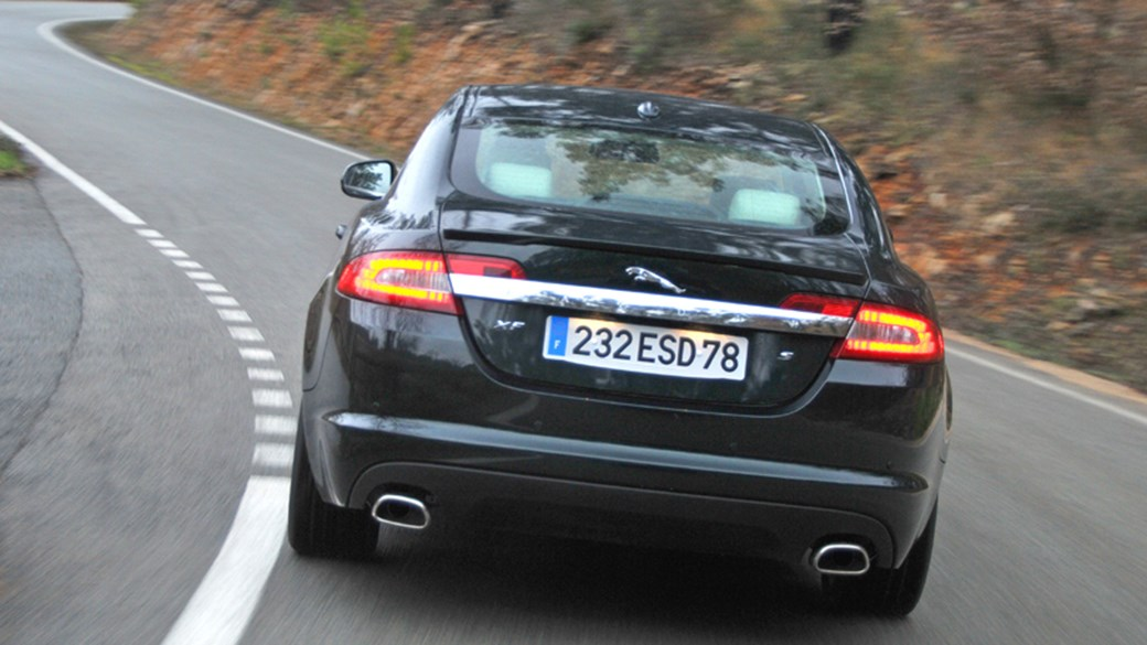 Wonderful Jaguar XF 3.0 Diesel S: Finally A Diesel Worthy Of The XFu0027s Bold New Style