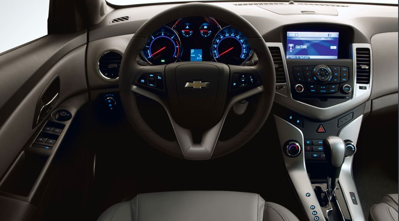 ... Chevrolet Cruze 2.0 VCTi (2009) CAR Review