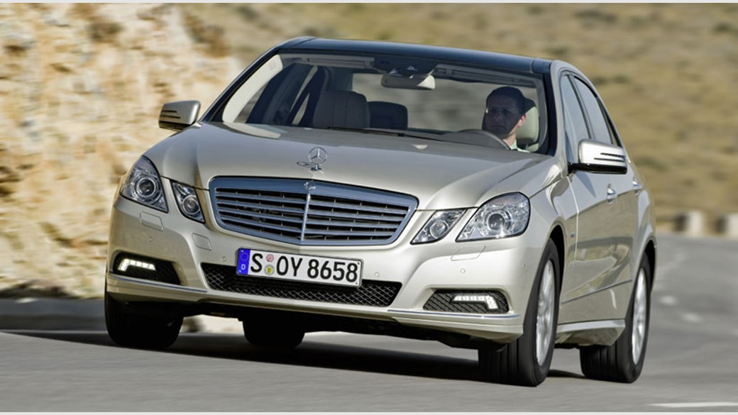 נפלאות Mercedes E250 CDI (2009) review | CAR Magazine AE-04