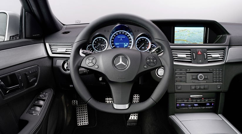 Mercedes e250 cdi 2009 review by car magazine for Interieur w204