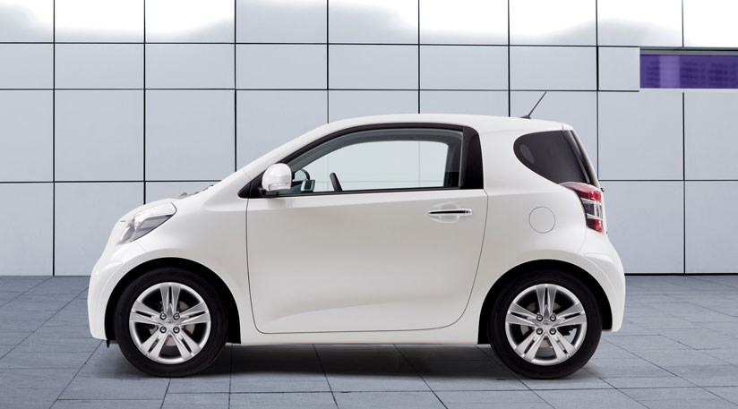 why toyota s iq doesn t live up to the hype by car magazine. Black Bedroom Furniture Sets. Home Design Ideas