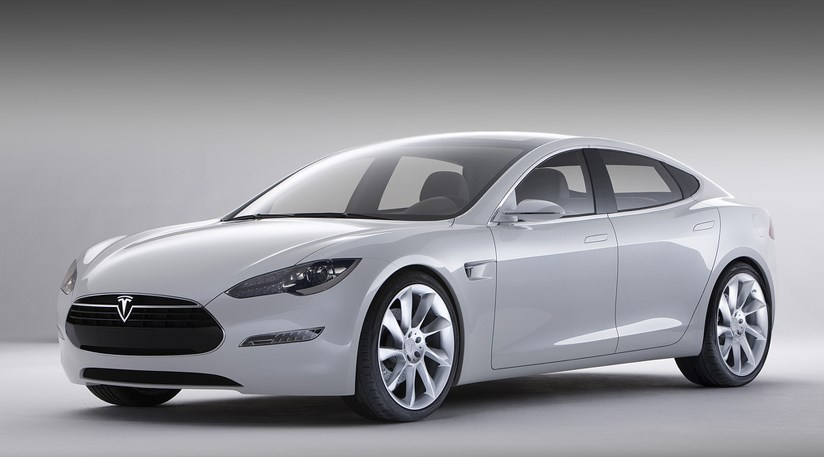 Tesla Unveils New Model S Electric Saloon Car