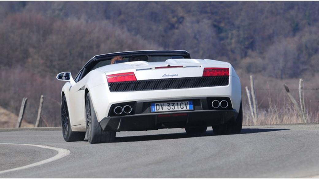 Lamborghini Gallardo LP5604 Spyder 2009 review by CAR Magazine