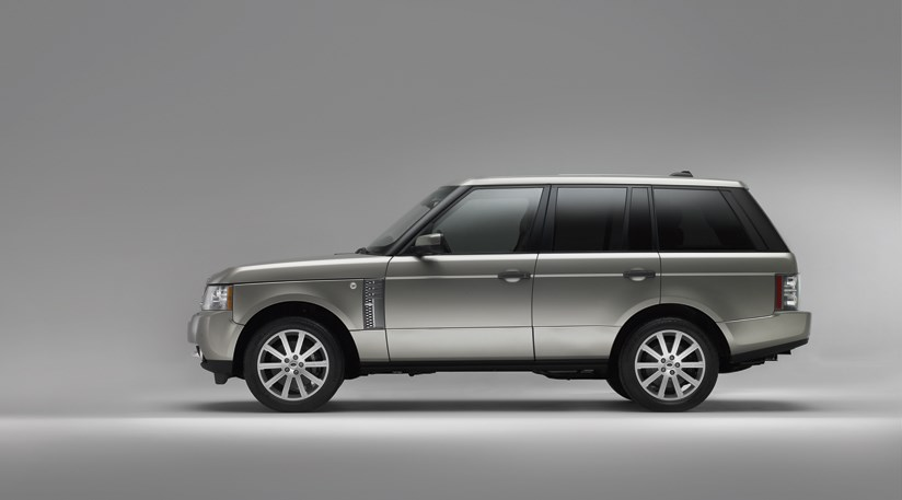range rover 2010 first official photos by car magazine. Black Bedroom Furniture Sets. Home Design Ideas