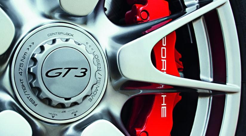 Porsche 911 GT3 (2009) review | CAR Magazine