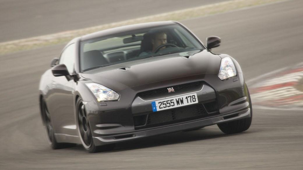 Nissan GT R Spec V (2009) CAR Review