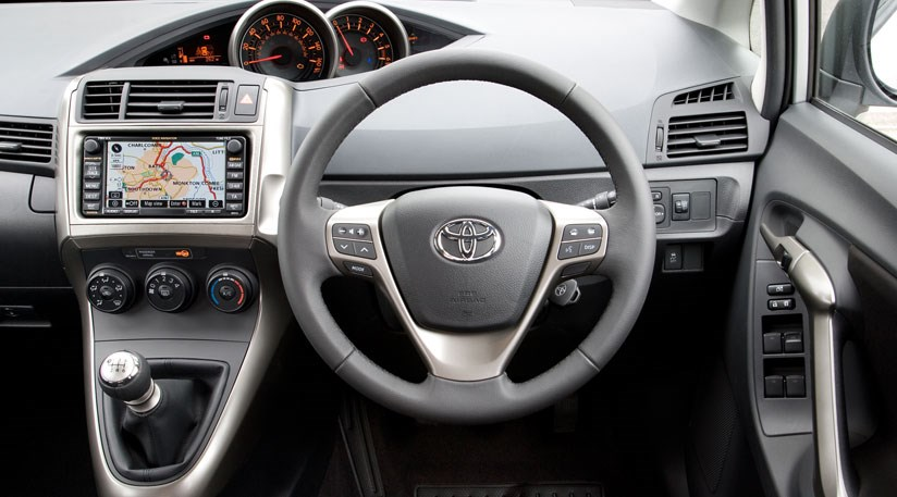 2010 Toyota Corolla For Sale >> Toyota Verso TR 2.0 D-4D (2009) review | CAR Magazine