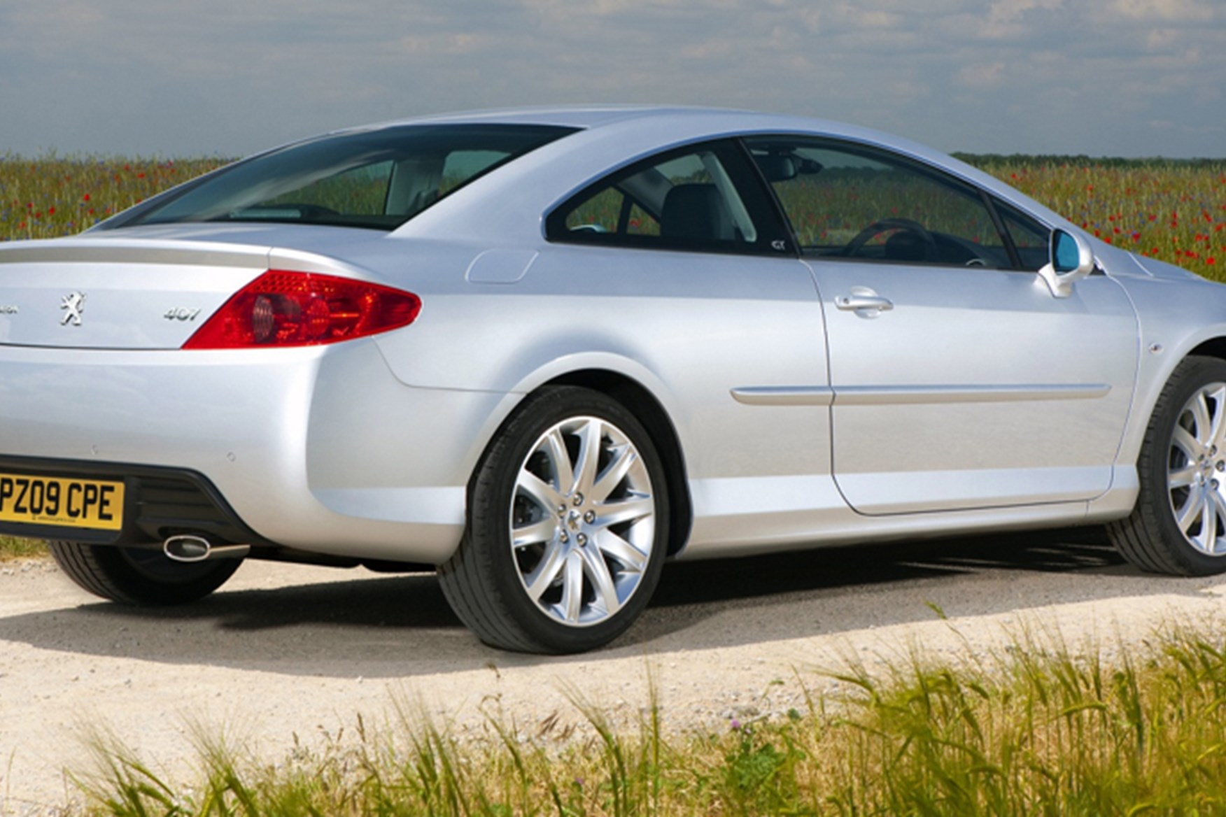 407 coupe owners manual array peugeot 407 coupe 2009 drops petrol engines car magazine rh carmagazine fandeluxe Choice Image