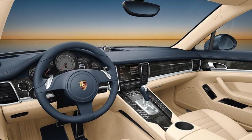 Porsche Panamera Turbo (2009)