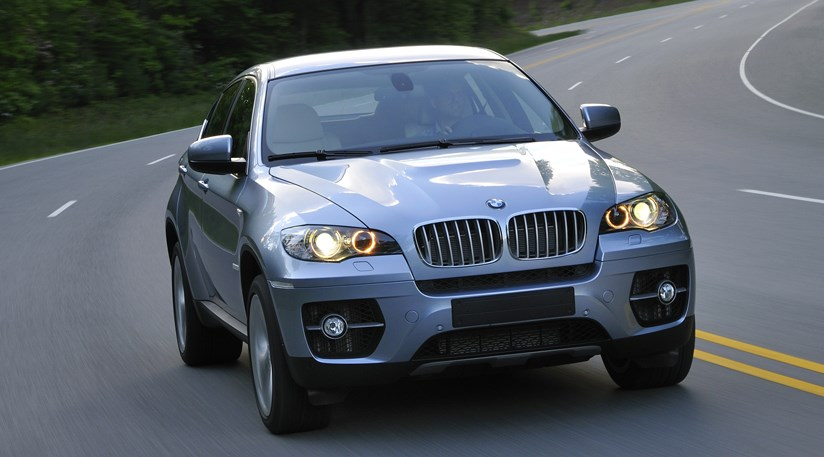 2010 BMW ActiveHybrid X6 Wallpaper