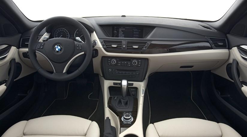 BMW X1 xDrive20d (2009) review by CAR Magazine
