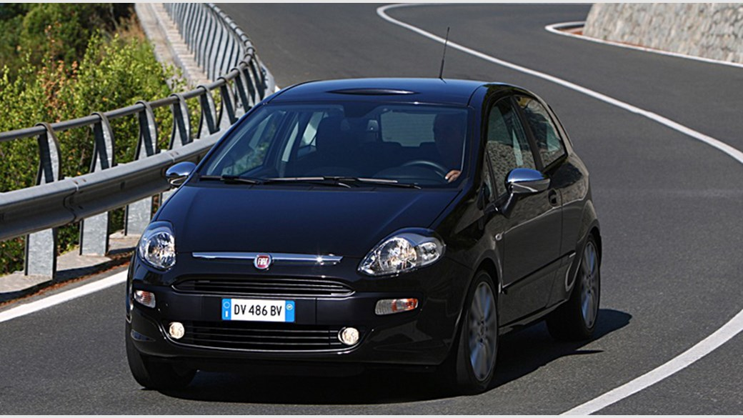 Fiat Punto Evo 1.4 MultiAir Turbo (2009) review | CAR Magazine on fiat 500l, fiat coupe, fiat panda, fiat cars, fiat marea, fiat multipla, fiat ritmo, fiat cinquecento, fiat doblo, fiat 500 turbo, fiat linea, fiat barchetta, fiat seicento, fiat stilo, fiat 500 abarth, fiat spider, fiat x1/9, fiat bravo,