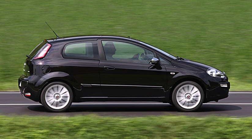 fiat punto evo 1 4 multiair turbo 2009 review car magazine. Black Bedroom Furniture Sets. Home Design Ideas