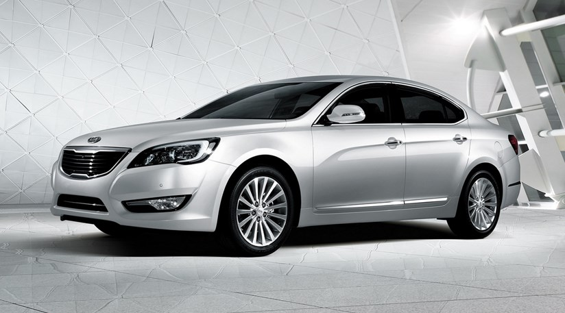 Kia Cadenza 2009 First Official Pictures Car Magazine
