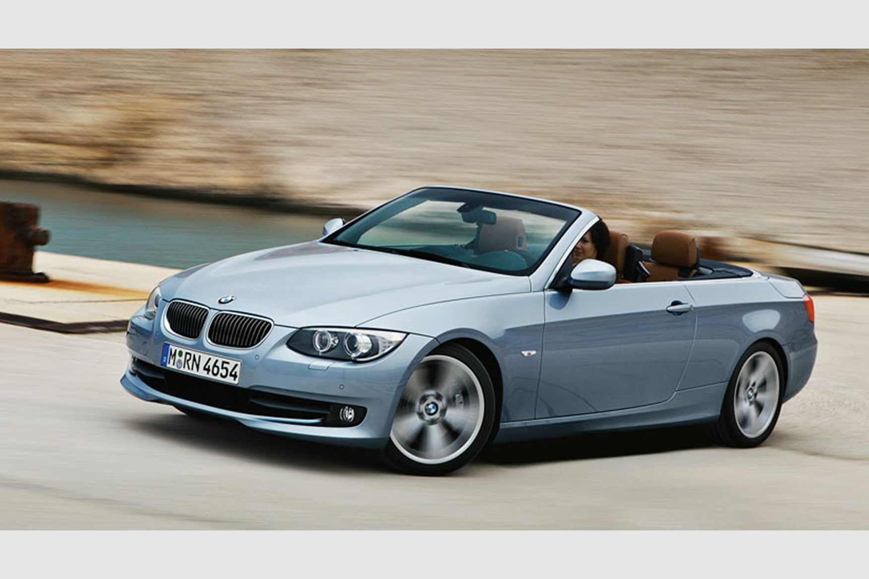 bmw 3 series coup u00e9 and convertible facelift  2010  first official pictures by car magazine BMW 545I Manual Manual BMW 320I Interior