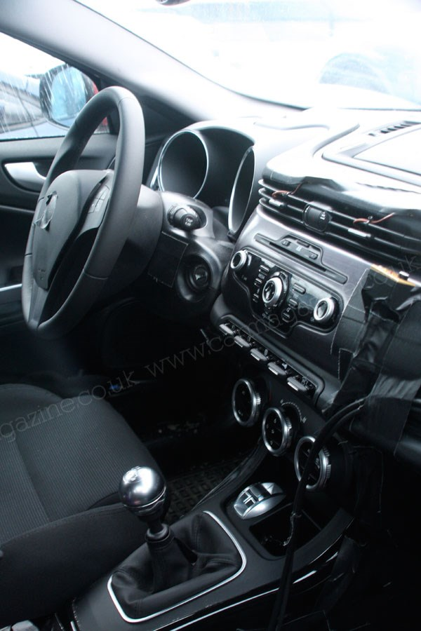 Alfa Romeo Giulietta (2010) interior spy photos | Secret New Cars | Car