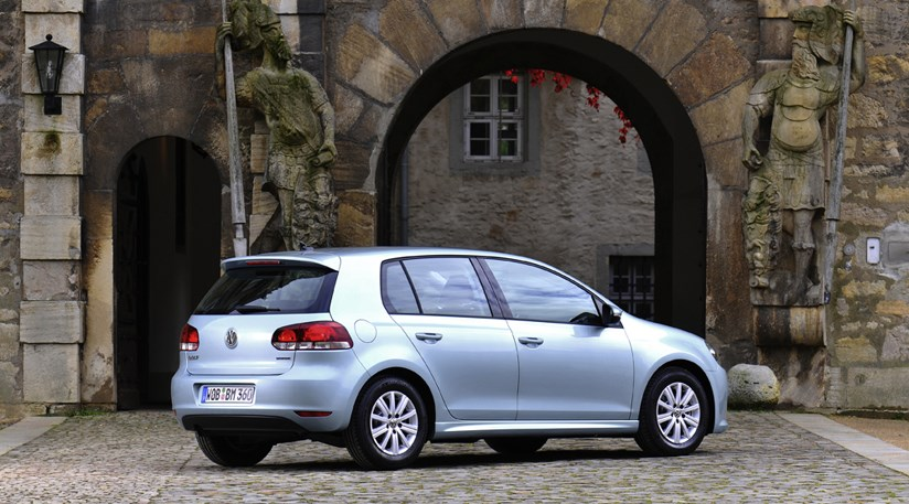 Vw Lease Deals >> VW Golf Bluemotion 1.6 TDI (2010) CAR review | CAR Magazine