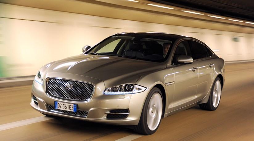 Jaguar XJ 3.0 V6D (2010) CAR Review ...