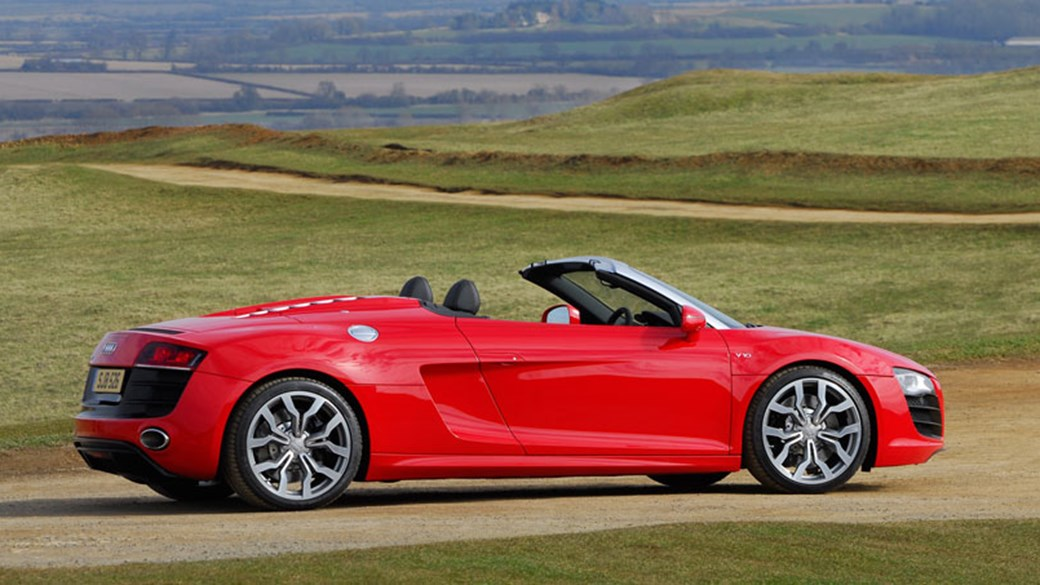 The New Audi R8 Spyder (2010)