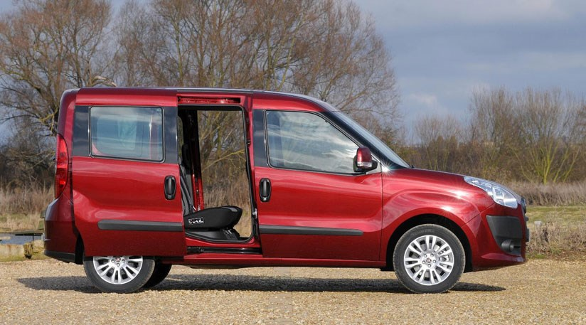 Fiat Doblo 2010 First Official Pictures By Car Magazine